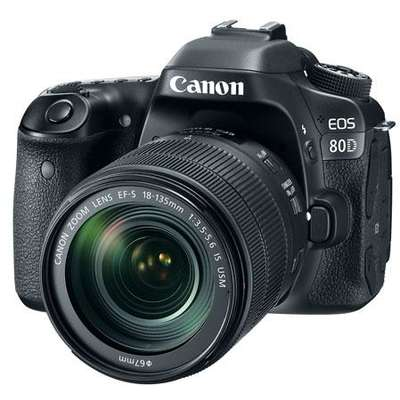 Aparat foto DSLR PHOTO CAMERA CANON 80D EF 18-135 IS USM